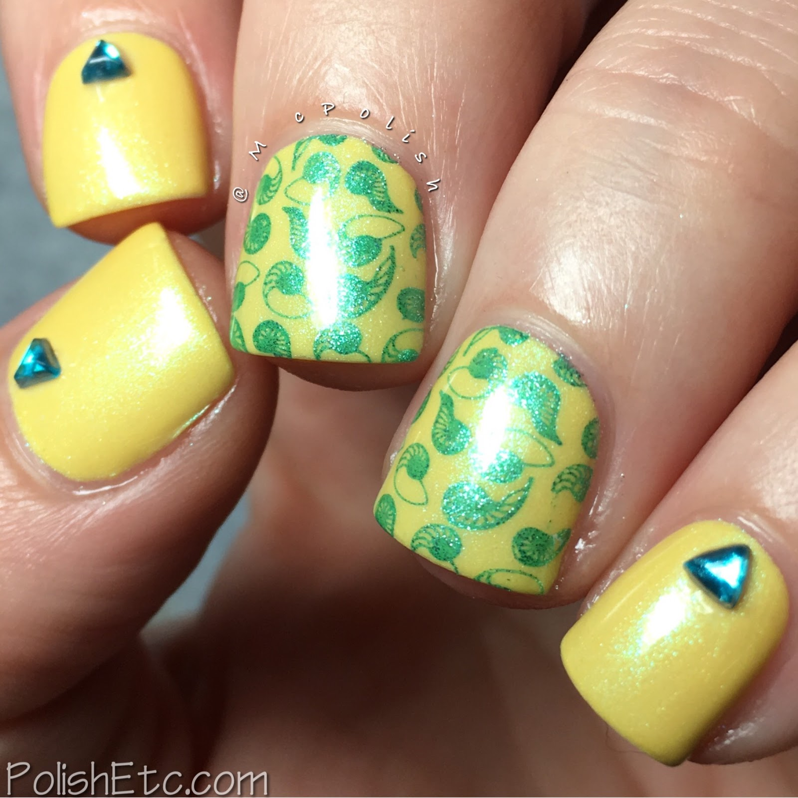Yellow Nails for the #31DC2017Weekly - McPolish - Zoya Daisy stamping