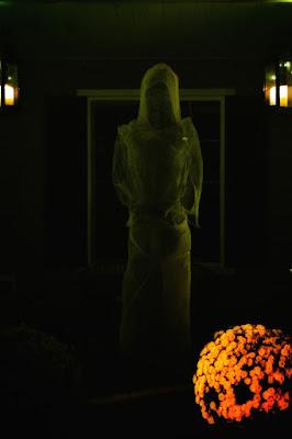 http://hauntedgallery.blogspot.com/