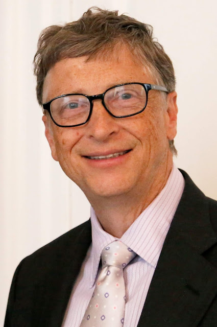Short biography of Bill Gates in english