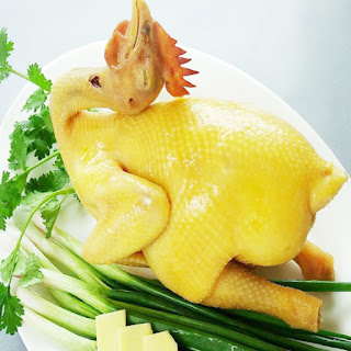 Cách luộc gà thơm ngon