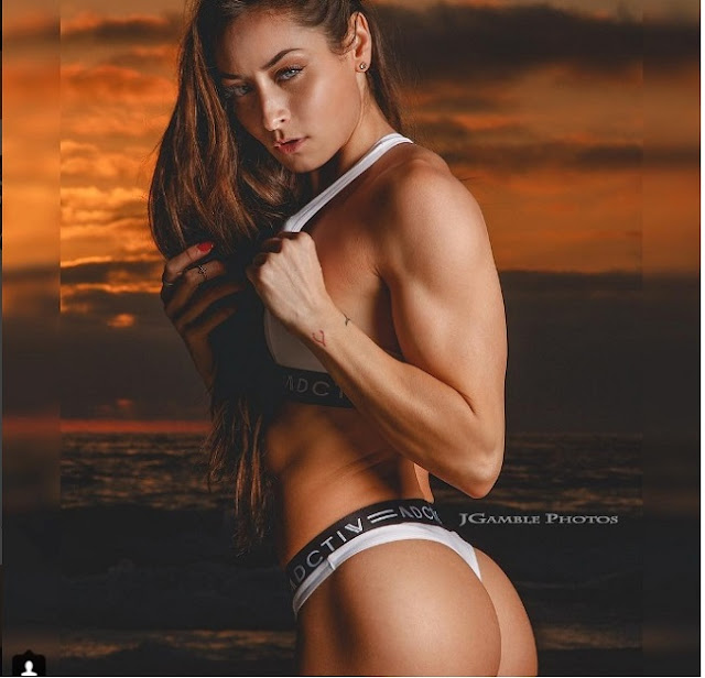 Hot girls Stephanie Buckland sexy strong body 5