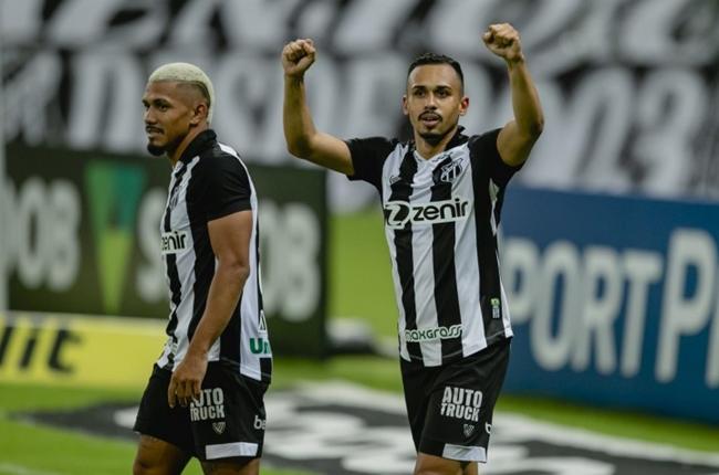 Ceará vence Atlético-MG por 2 a 1 no Castelão