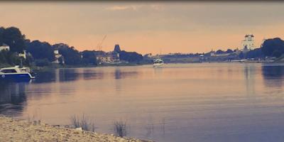 Отдых на берегу реки Великой Псков