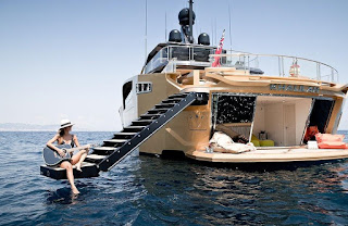 Aurelia yacht.