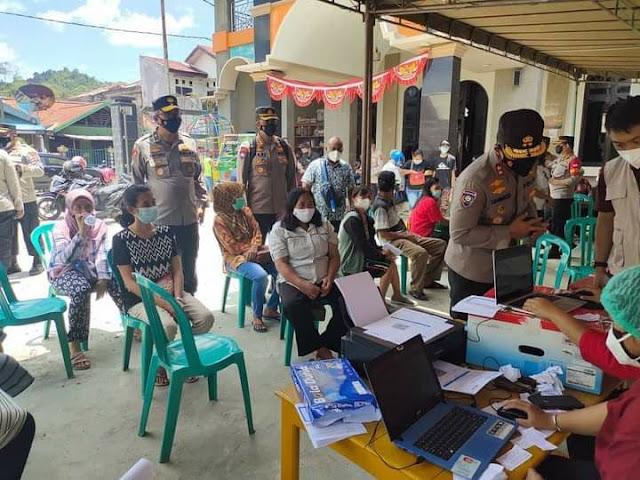1.563 Orang Divaksin Hari Ini, Besok Dilanjutkan di 6 Gereja di Jayapura