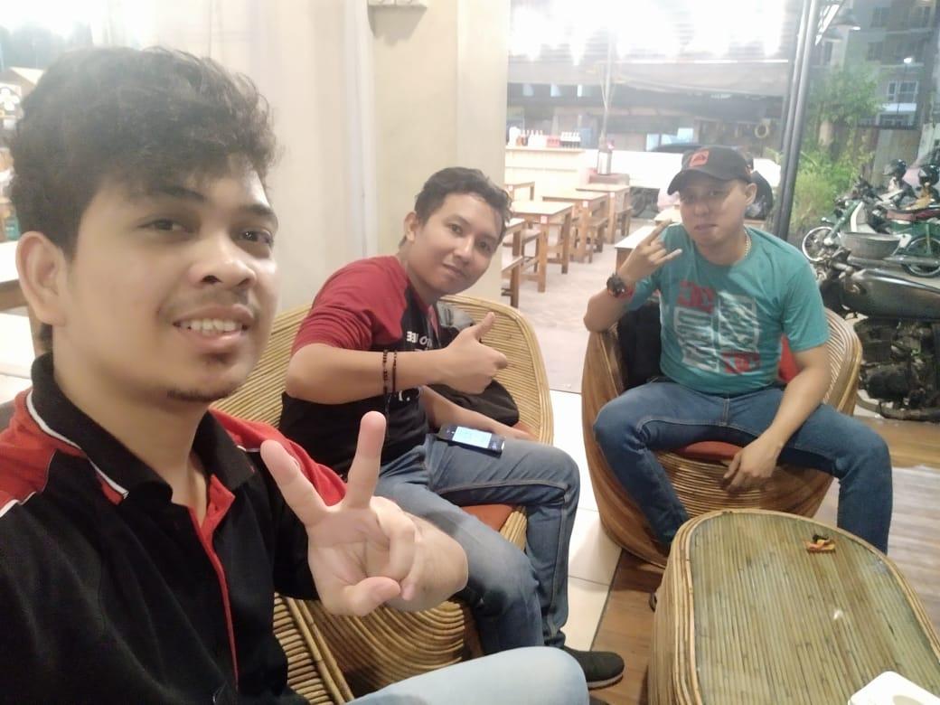 Nongkrong Bareng Teman Kantor di Coffe Break Ropang Alibi Kalideres Jakarta