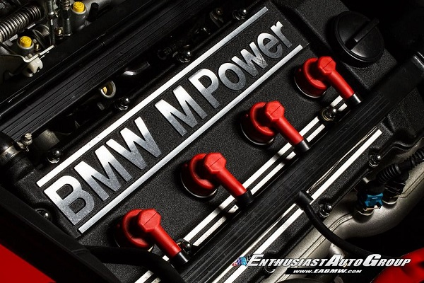 Motor BMW M3 Sport Evolution