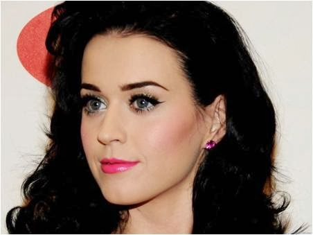 d178ba67633 Aren't you inspired by Katy Perry's fuller, thick and voluminous eyelashes?  No matter how hard we try; most of us often fail to get this integrated  look of ...