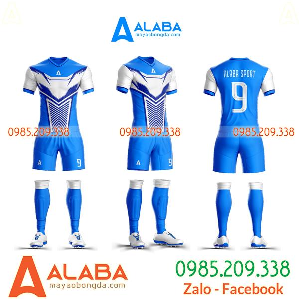 Quần áo bóng đá màu xanh dương