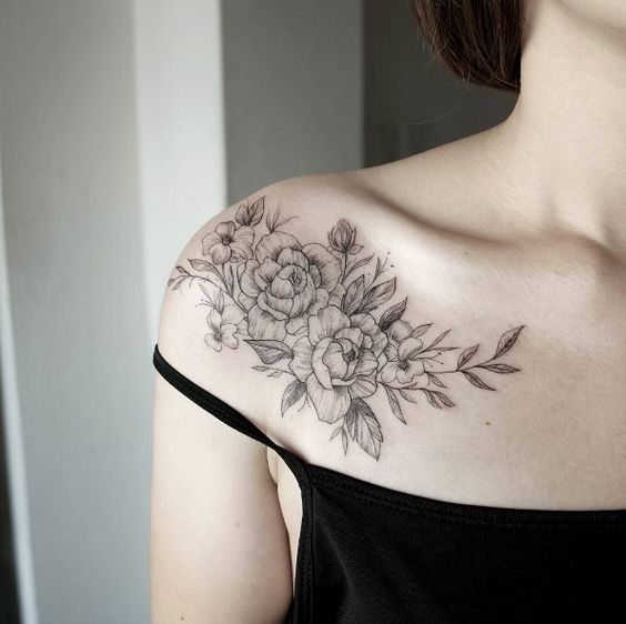 Best Collar Bone Tattoos For Women