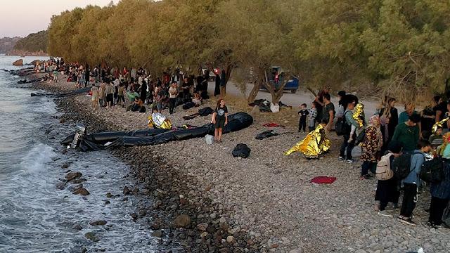 Ξύπνησαν μνήμες του 2015 στη Λέσβο: Σχεδόν 550 μετανάστες έφτασαν στο νησί μέσα σε μια μέρα!