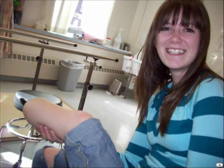 Amateur video wife has unexpected threesome