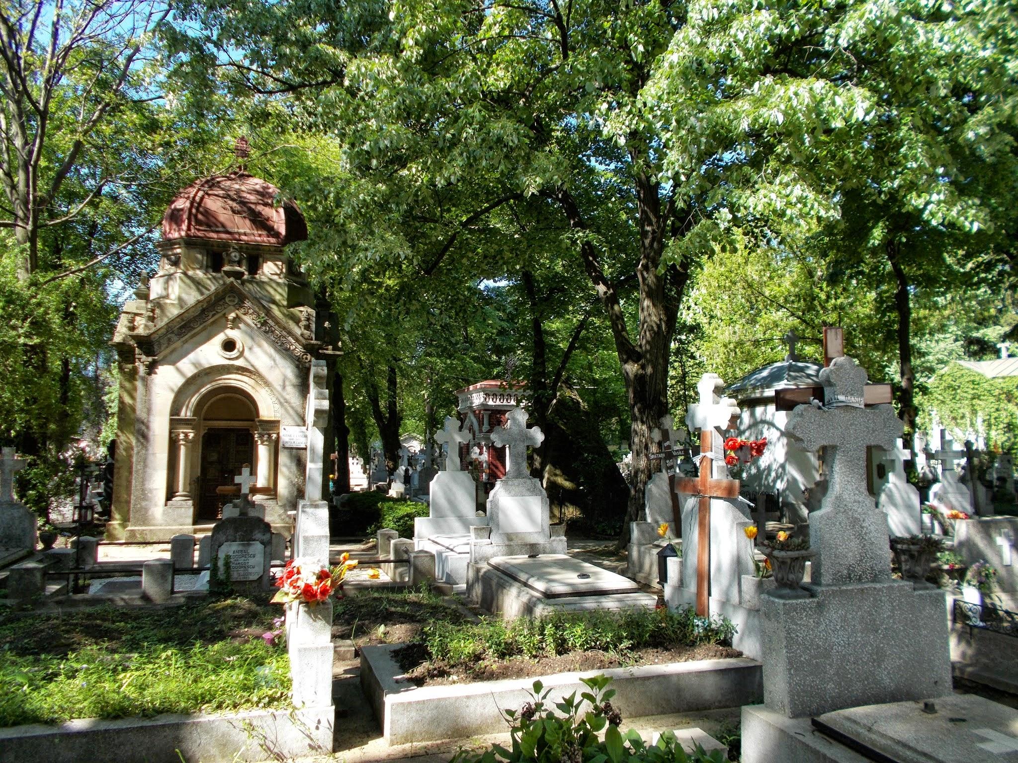 Bellu Cemetery (Bucharest, Romania)