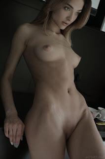 Twerking blondes - santa_23_43984_11.jpg
