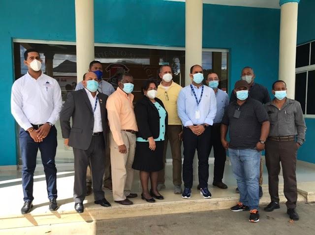 INAPA inicia trabajos para resolver problemas realacionados al suministro de agua en Villa Altagracia