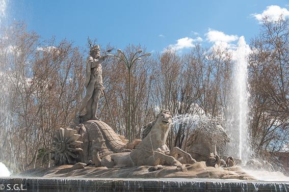 Fuente de Neptuno. Ruta lowcost por Madrid