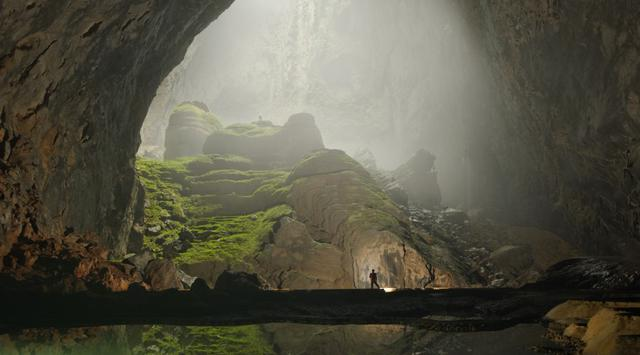 Beautiful discover Son Doong, One of World's Largest Cave