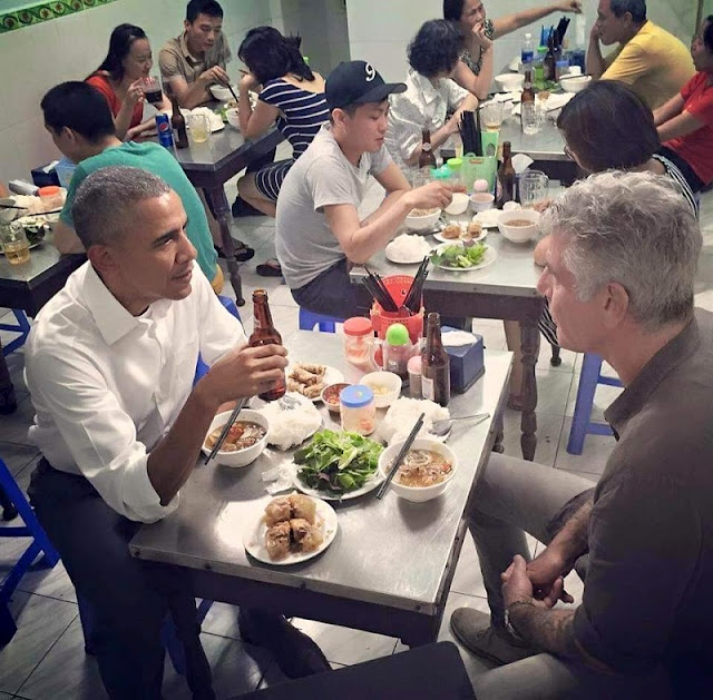 What Makes President Obama Eat 2 rate Bún Chả For A Dinner During A Visit To Vietnam 1