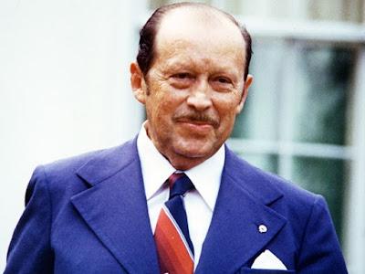 Jenderal Alfredo Stroessner Matiauda, Presiden Paraguay