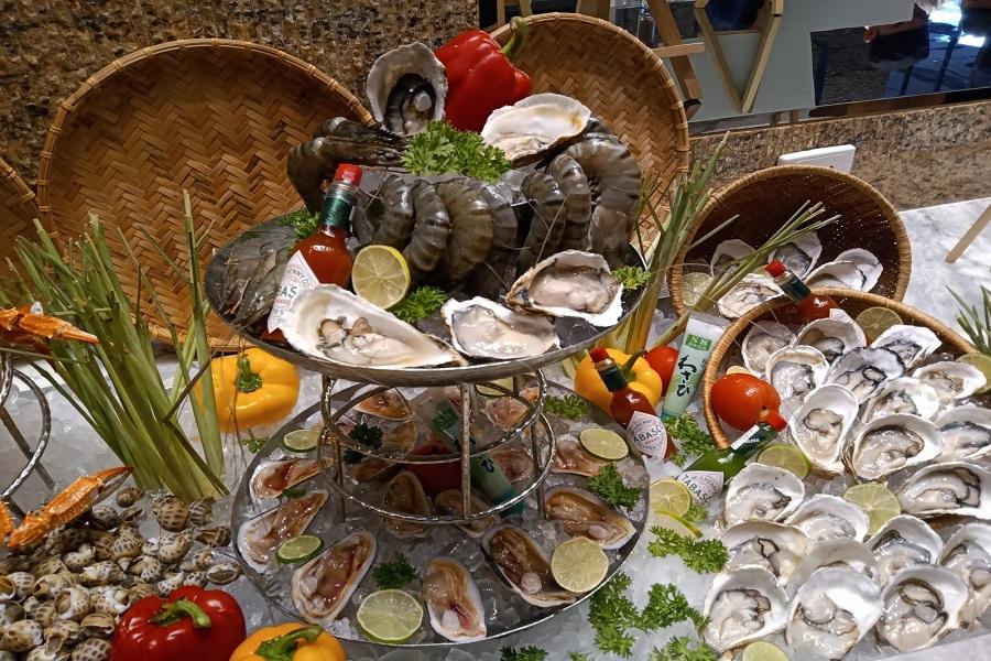 Bàn tiệc buffet đẹp