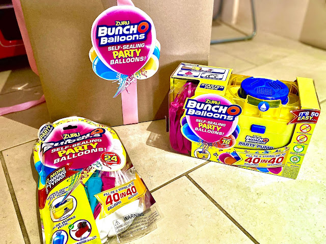 Zuru Bunch O Balloons Self Sealing Party Balloons Starter pack next to the refill pack ready to review