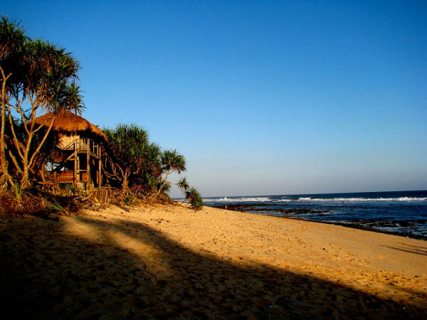 Pantai Sundak Gunungkidul, salah satu yang masih alami