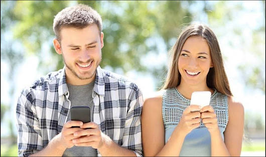 Dating With Girls Using a Smartphone: Does It Work?