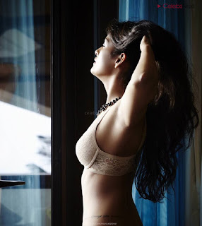 Prema Mehtai in Bikini Beautiful Indian TV Actress in Spicy Wet Bikini Pics .XYZ Exclusive 02