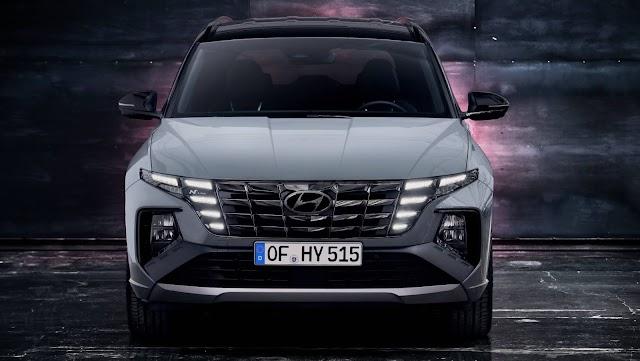 Yeni Hyundai Tucson N Line versiyonunu tanıttı.