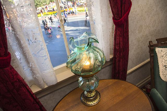 walt-disney-lamp