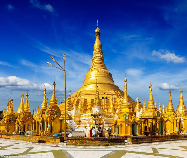 The Shwedagon Pagoda in Yangon, Myanmar, is a gilded stupa, the top of which is adorned with about 5,000 diamonds. The largest of them weighs 72 carats.