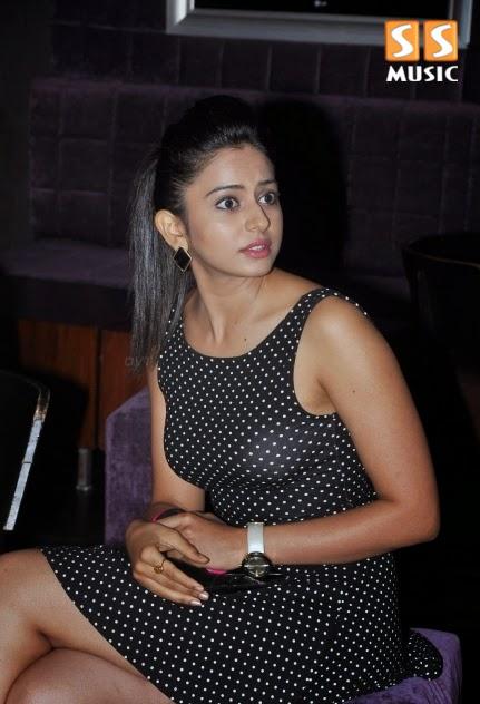 Sexy Actress Model Rakul Preet Singh Latest Photoshoot HD Picture downlaod