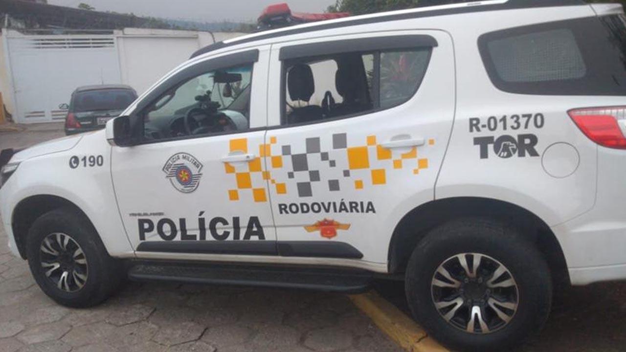 Fugitivo tenta enganar a policia com documento falso e acaba preso em Itatinga