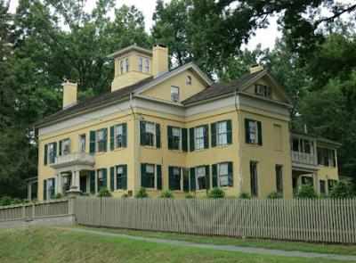 https://noveldestinations.com/2019/04/10/8-places-to-celebrate-american-poets/?fbclid=IwAR28Nf0jrPdgwshakYnx3Sjn3qQn_WqWaGXqsBgCzzG_lsCQs1Hu8fP1sEk