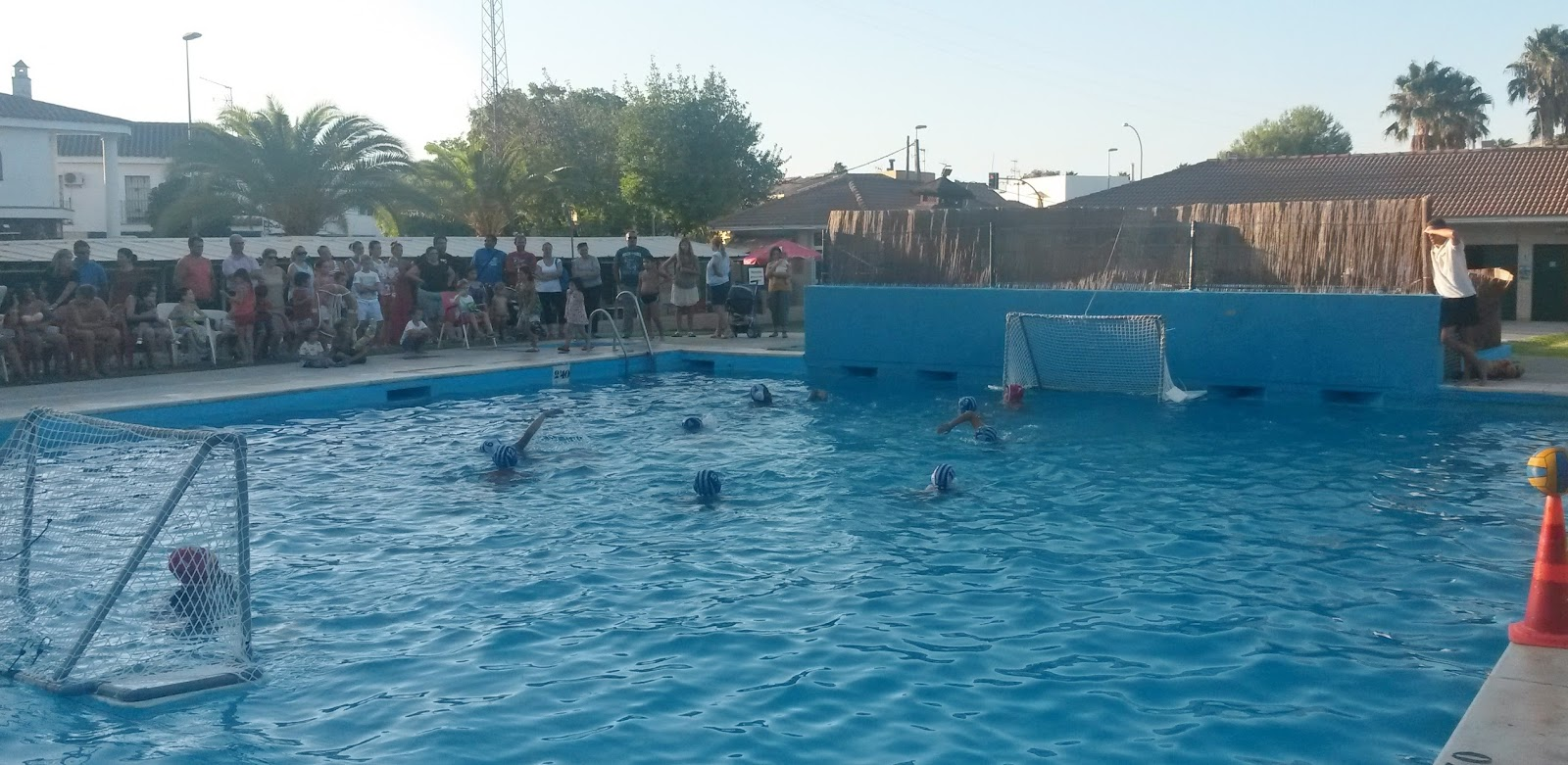 Piscina Waterpolo Cnj Waterpolo El Waterpolo Llega A Guadalcacín De La Mano