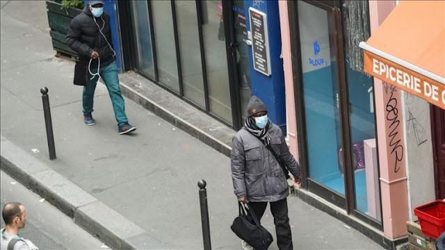 Un sondaggio mostra che il 26 percento dei francesi pensa che Covid-19 sia prodotto in laboratorio