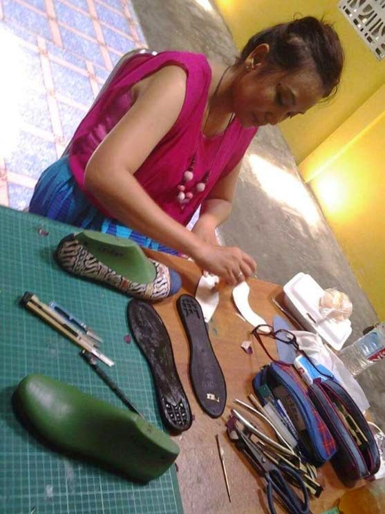 kursus membuat sepatu fashion