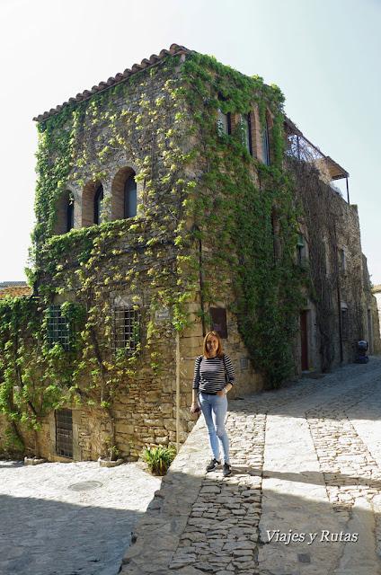 Calles de Peratallada, Girona