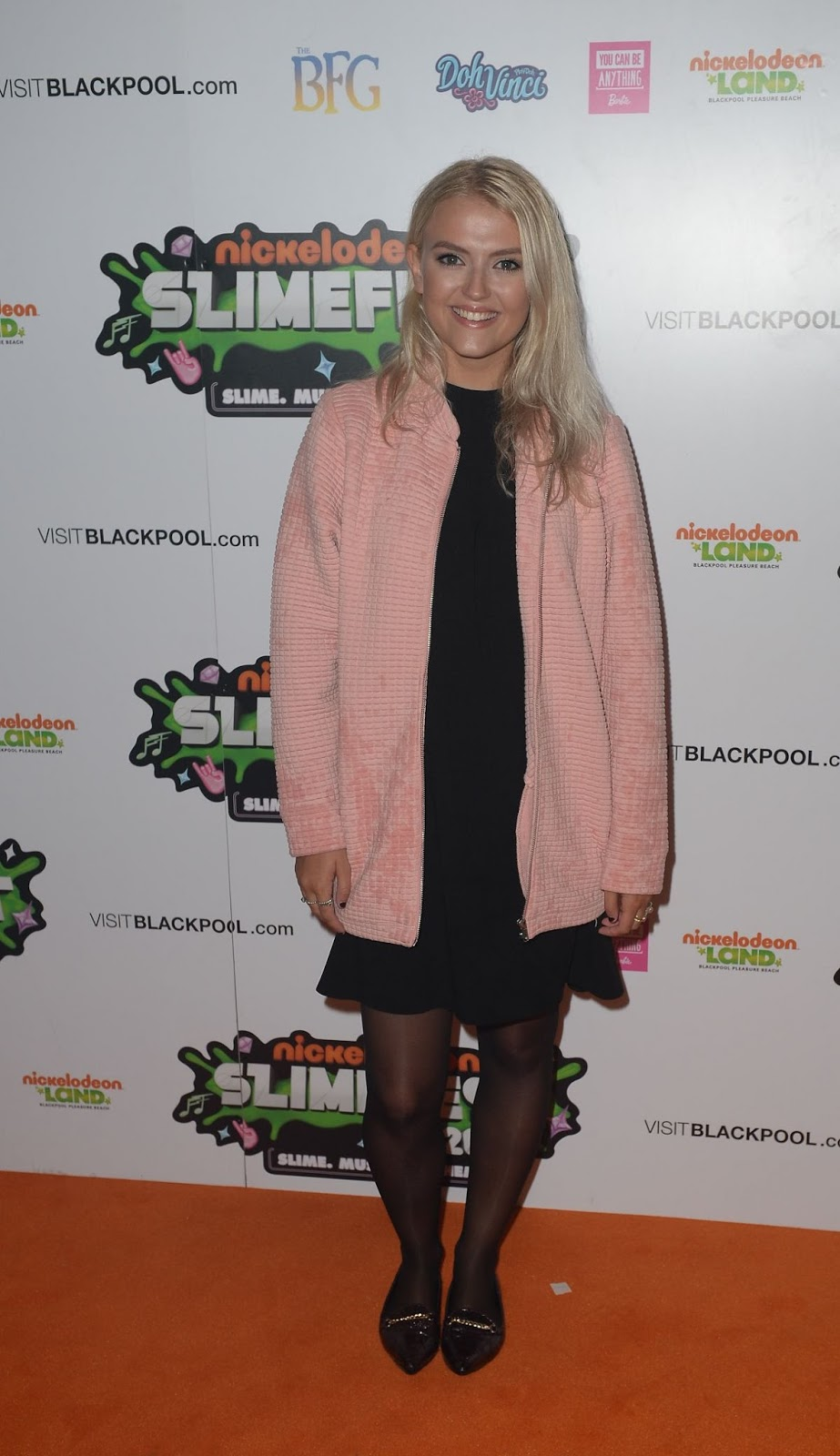 Lucy Fallon At First Uk Nickelodeon Slimefest In Blackpool