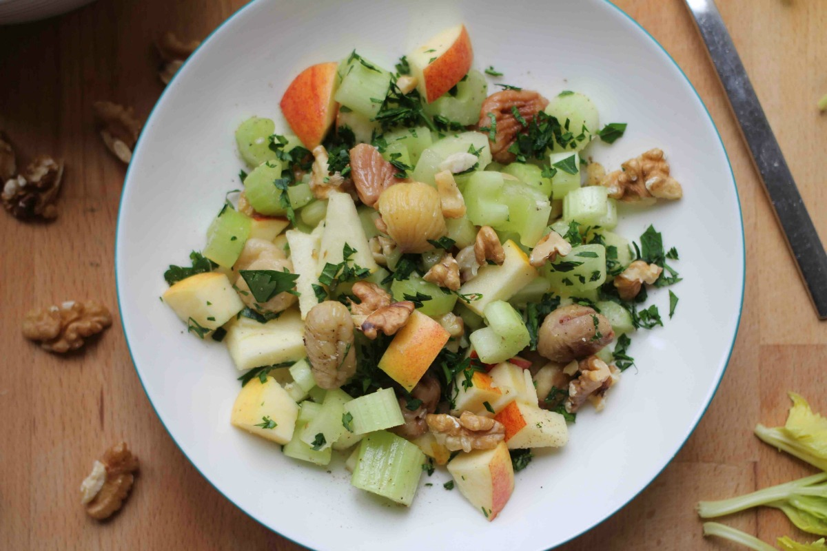 Maroni Sellerie Salat mit Walnüssen