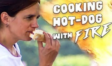 Funny Video – Fire Eater COOKS Hotdog With Mouth