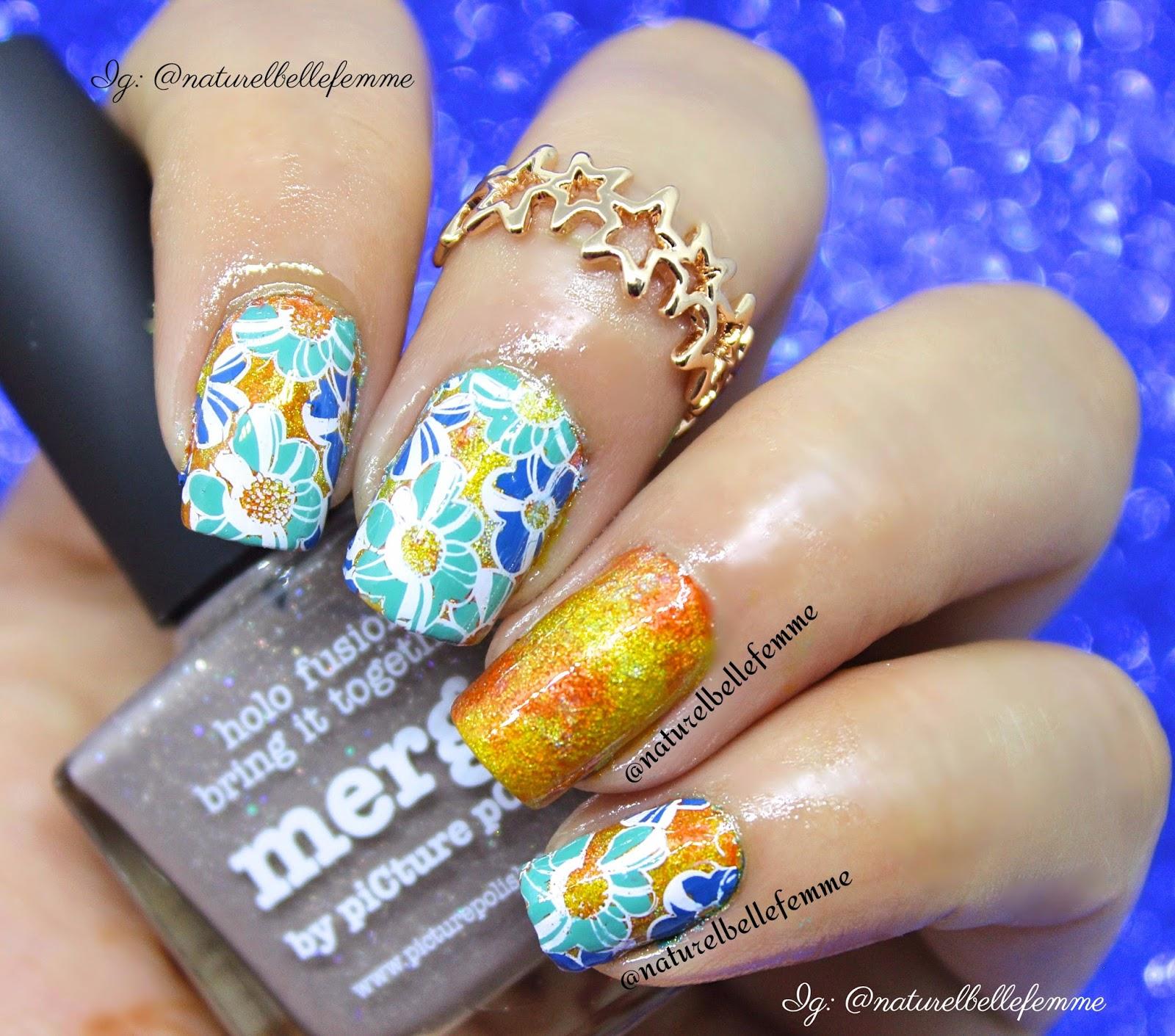 naturelbellefemme: Blue flower nails