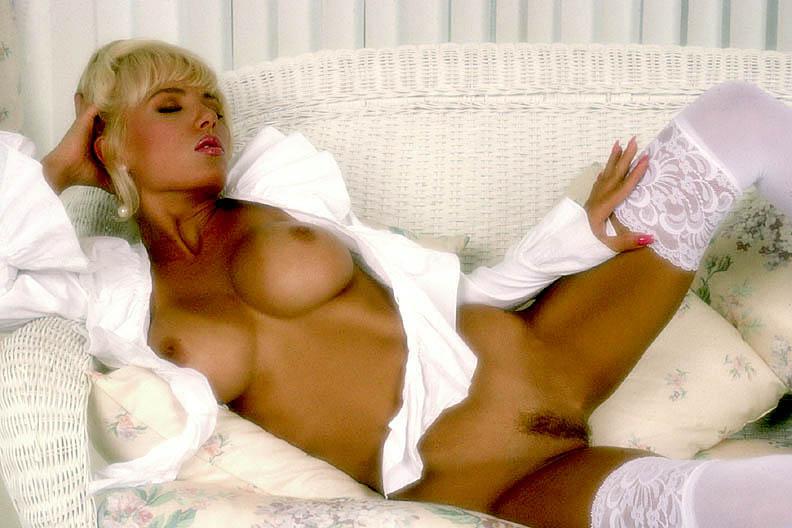 Sexy lesbian naked naughty girls