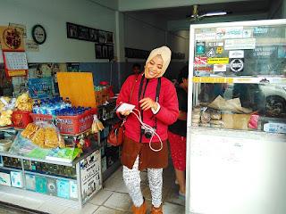 Mie Belitung Atep - Nyna salah satu penggerak sosial media dari palembang