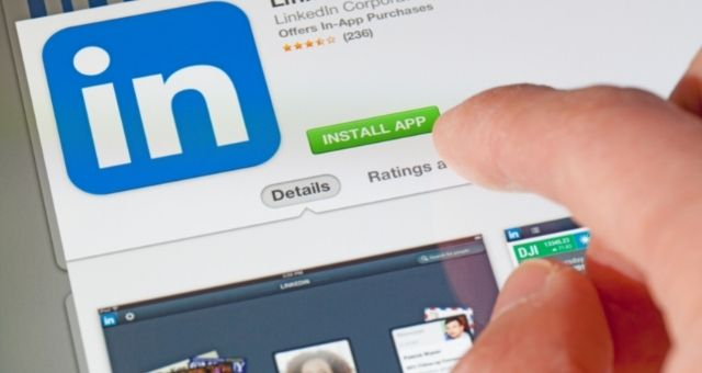 كيفية استخدام حساب LinkedIn للحصول على وظيفة