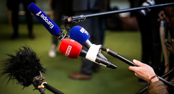 Portée par les succès d'Éric Zemmour et de Pascal Praud, CNews double pour la première fois BFMTV