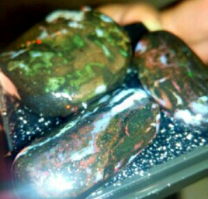 Cara merawat batu black opal
