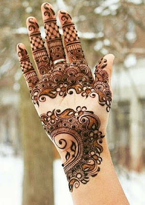 Latest Simple Mehndi Designs For Eid