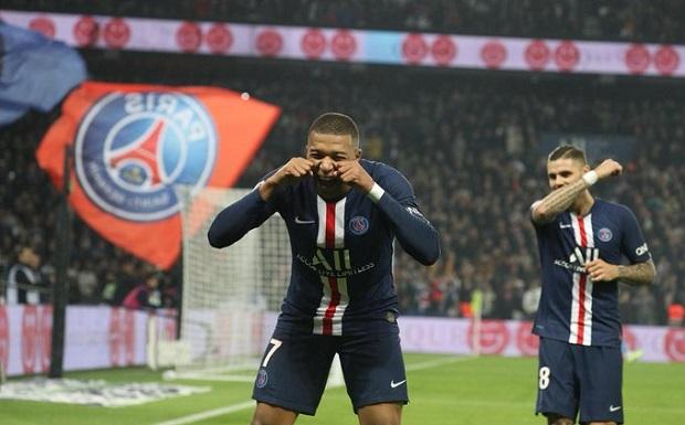 France: Le PSG écrase Marseille lors du Classico