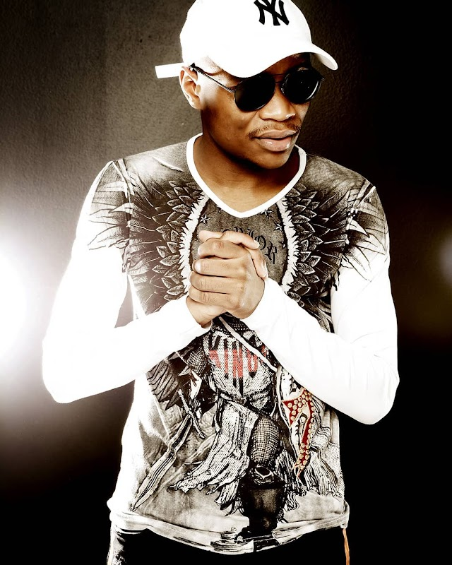 BAIXAR MP3 | Master KG - Superstar (Feat. Mr Brown) | 2020